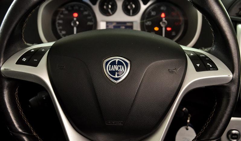 Lancia Delta 1.6 MJT DPF Gold full