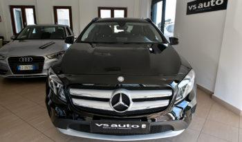 Mercedes-Benz GLA 180 d Business full